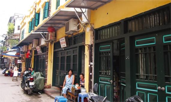 ターヒエン通りが全面改装