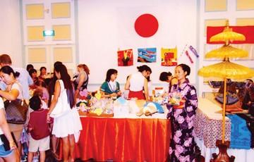 ホーチミン市日本総領事団主催/「第18回クリスマスバザー」