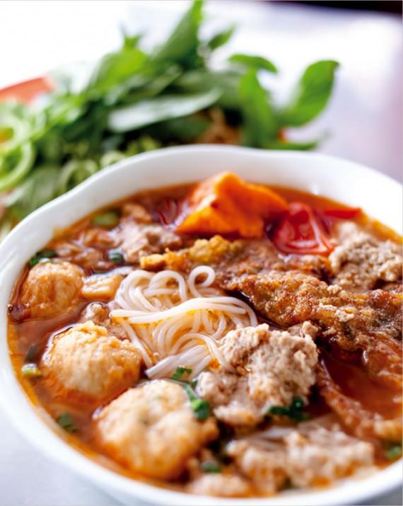 カニ汁米麺/Buùn Rieâu Cua