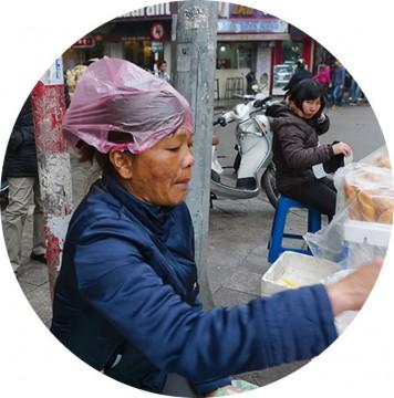 袋の域を越え、雨具へ/ビニール袋(Tui Ni Long)