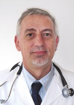 フランス人医師のエルベー・マンゴン(Herve Mangon)先生