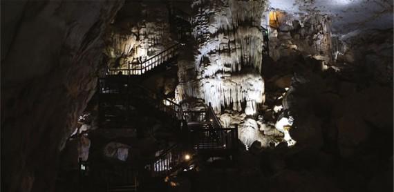 天国洞窟 Động Thiên Đường