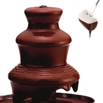 「ドラゴンステーキ」で魅惑のチョコレートファウンテン