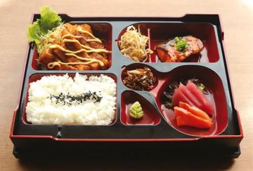 日本料理店「バンブーシック」昼食時の弁当プロモーション
