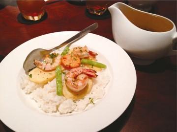 「レタントン酒場」で人気のスープカレーが10種類に!