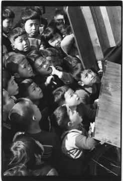「戦後日本の変容展」