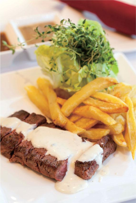 「シンプルに、美味しく楽しく」。エスプリを感じさせる粋なステーキ ル・ステーキ・ドゥ・サイゴン[ステーキ]