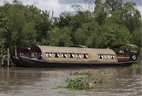 VictoriaBoat01