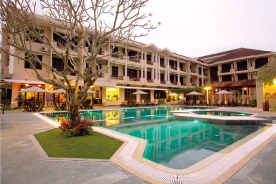 swimming-pool-Hoi An Hotel