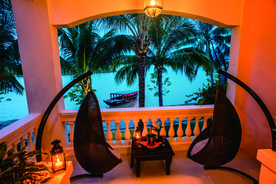 Hi_AHAR_56175555_Anantara_River_View_Suite_Balcony