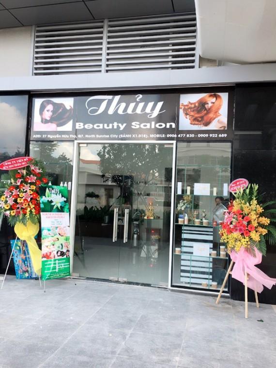 thuy-salon-_vns_2016010_photo