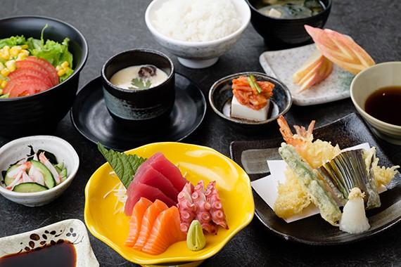 Sushi Uraetei_VNS_TOPIC_201708_PHOTO